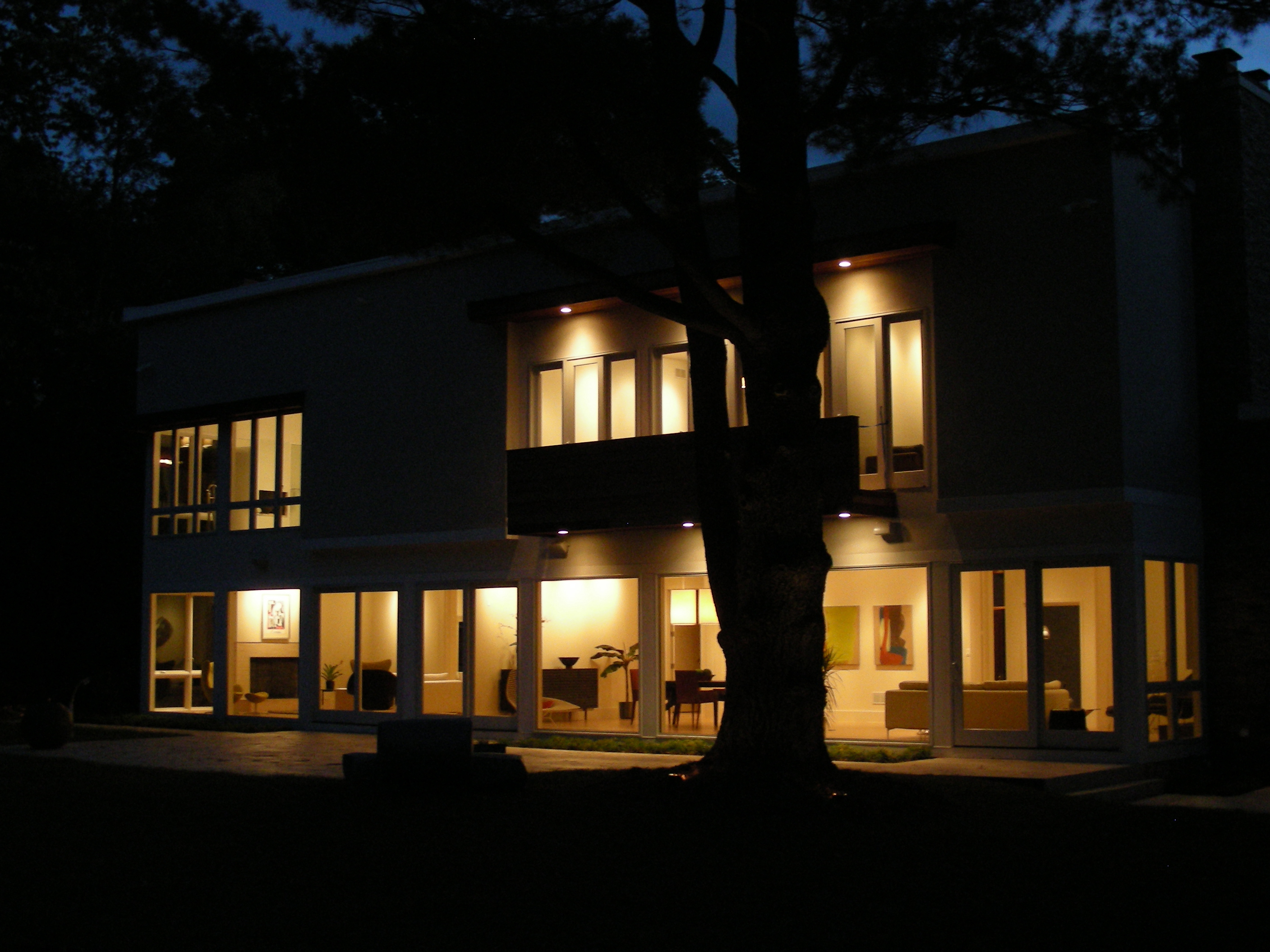 Second Short Hills project shows a night shot of lighting composition in the back of the house