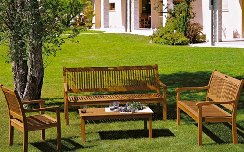 Vendita arredi per giardini alessandria pool garden for Vendita arredi da giardino