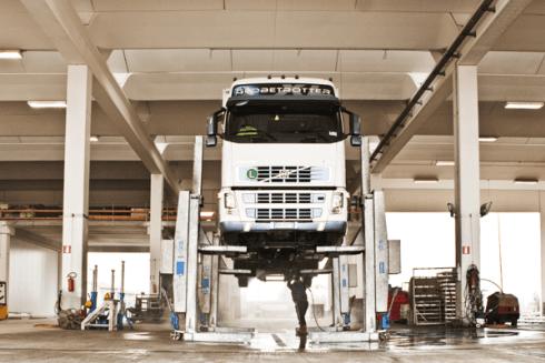 trasporto merci su TIR