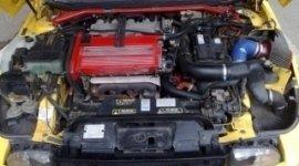 cofano auto, motore auto, elettrauto