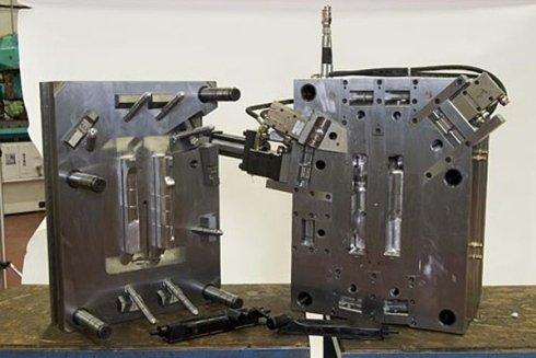 testate di radiatori in termoplastica