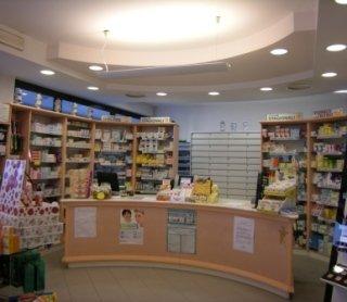 farmacia, farmaci, vendita medicinali, cosmetici pelli intolleranti, padova