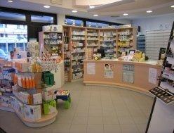 cosmetici, vendita medicine, prodotti di bellezza