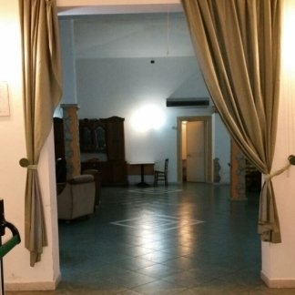 ampia stanza per gli ospiti  della casa di cura
