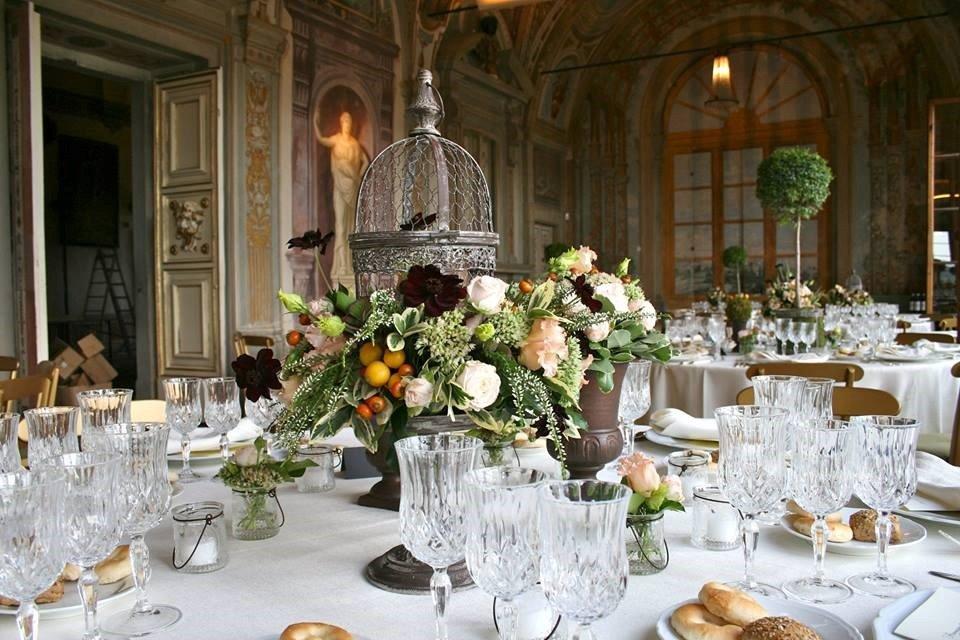tavolo allestito matrimonio