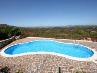 Villa con piscina porto san paolo
