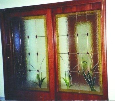 porta a vetro decorato