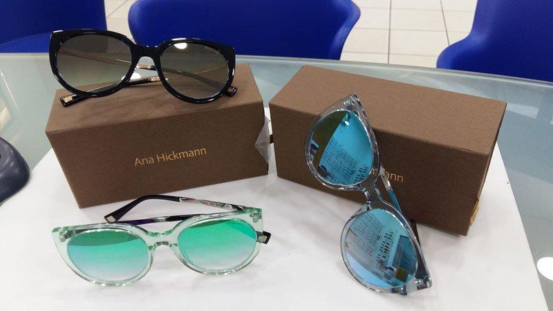 tre paia di occhiali a marchio ANA HICKMANN