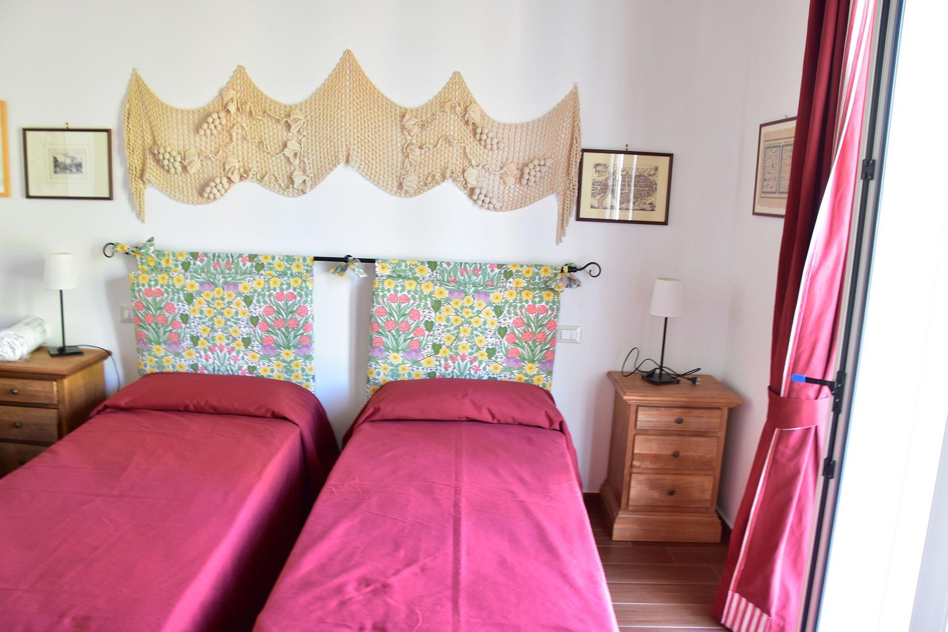 Camera da letto con letti gemelli