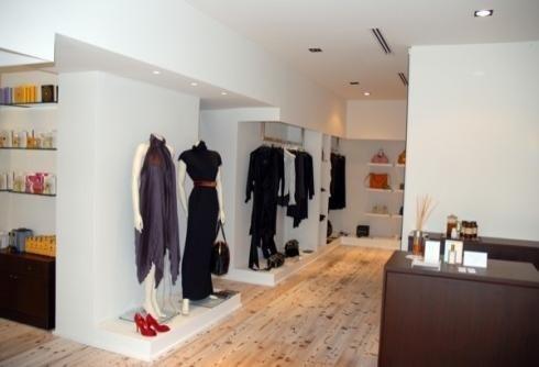 Allestimento di negozi abbigliamento