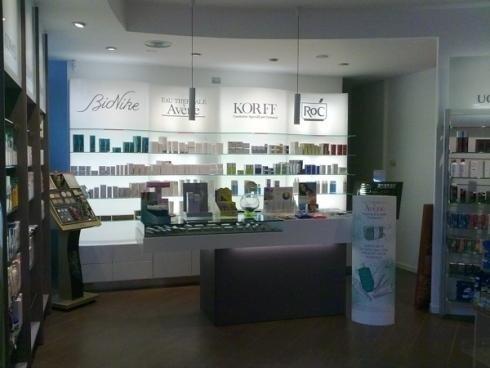 Banco esposizione cosmetici