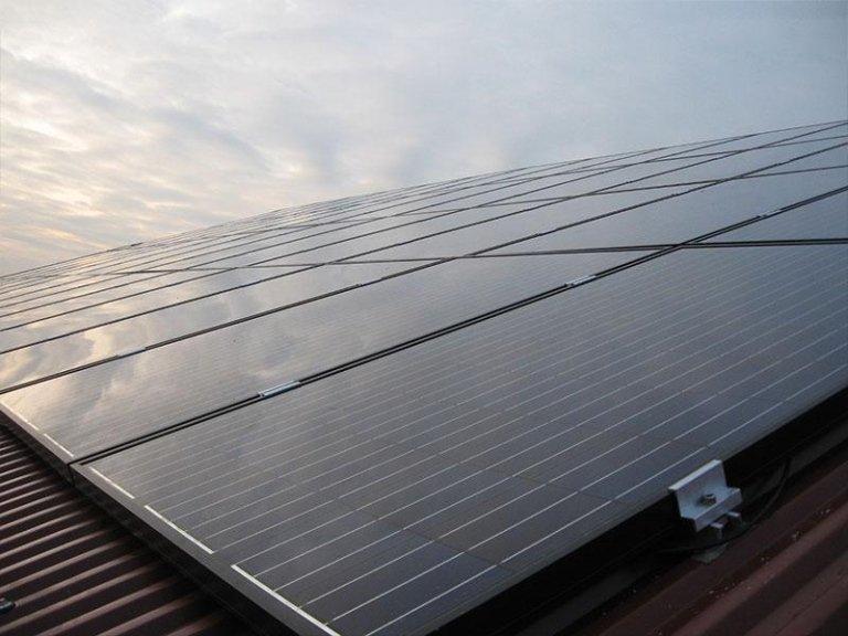 tetti con pannelli solari