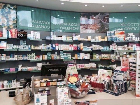 farmacia via roma