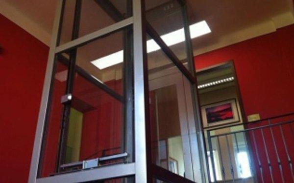 ascensore trasparente