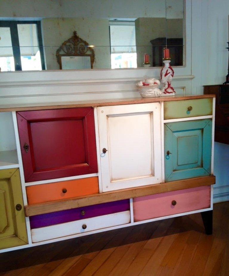 credenza legno colorata