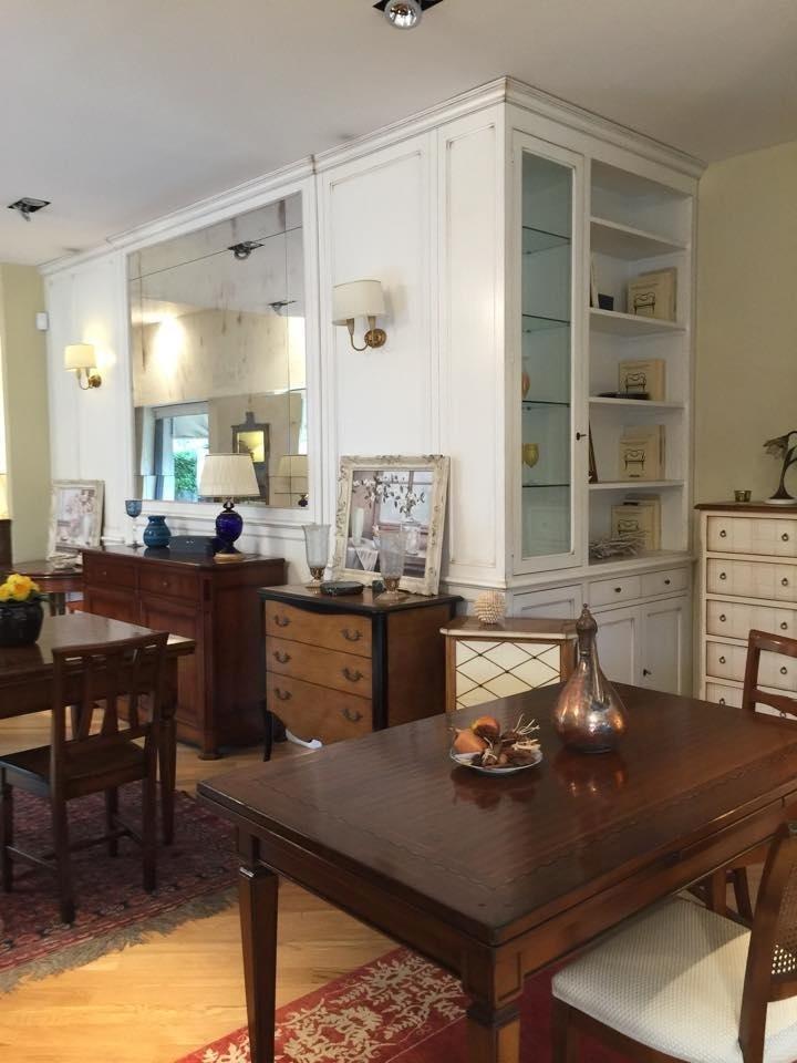 tavolo elegante sala