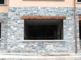 muri in pietra in beola di Luserna