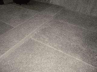 Pavimento In Pietra Naturale Per Interni : Rivestimenti in pietra naturale sia per interni che esterni