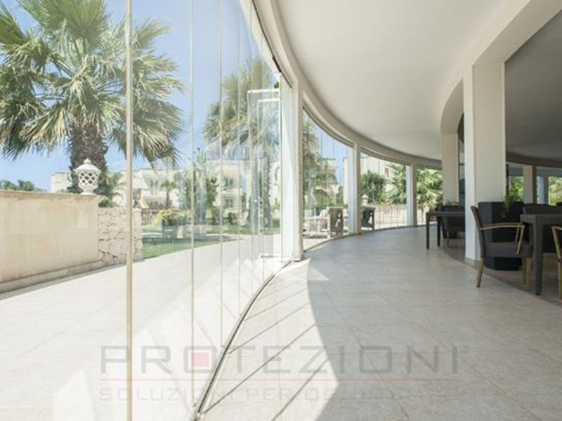 Panoramica protezioni vetrata