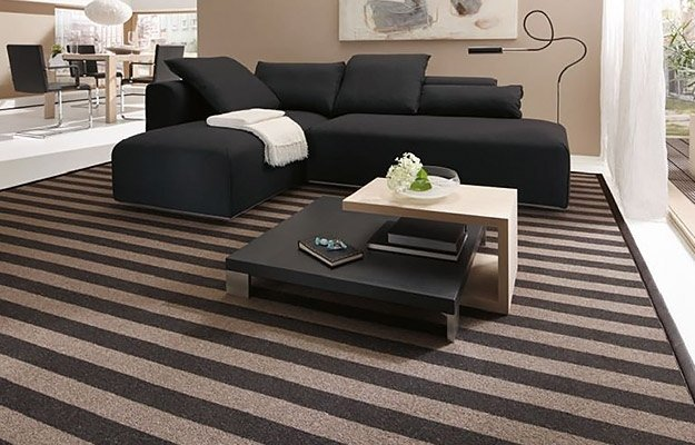 tappeto moderno a righe
