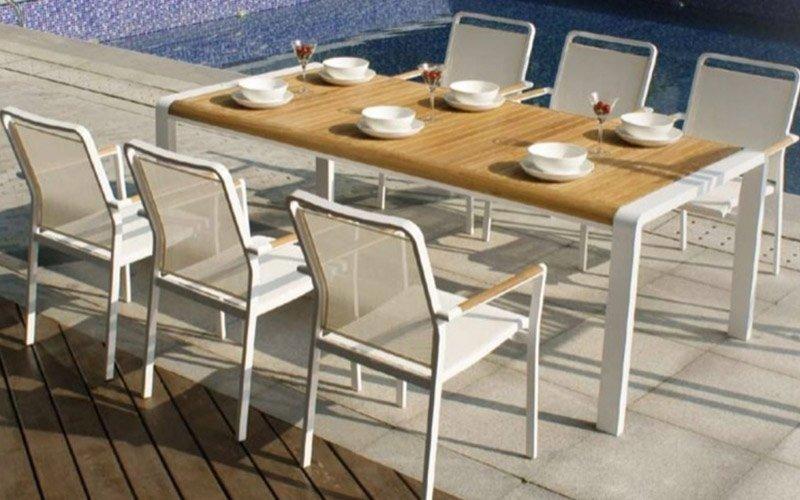 Tavoli sedie giardino