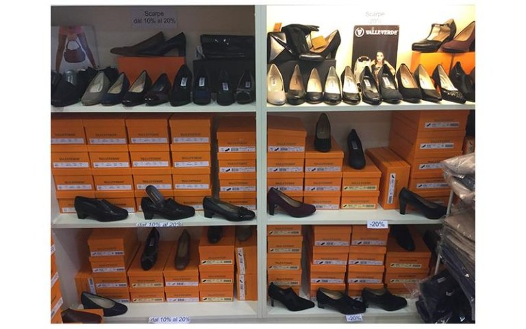 Vasto assortimento scarpe