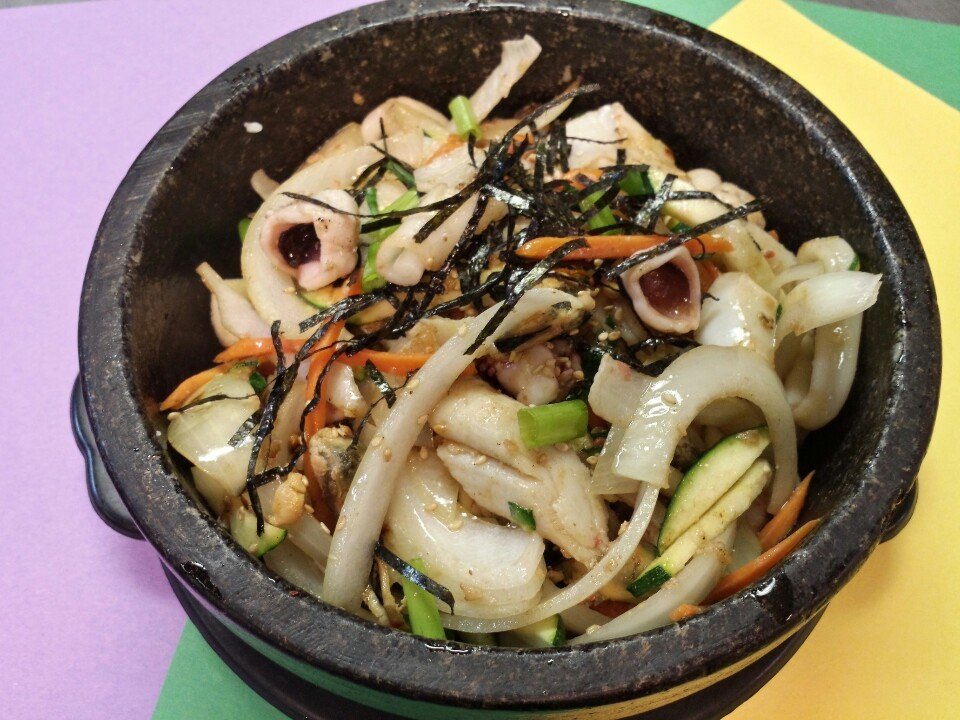 Kimchi dolsot with seafood