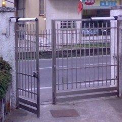 automazioni per cancelli, cancello a due ante, apertura pedonale
