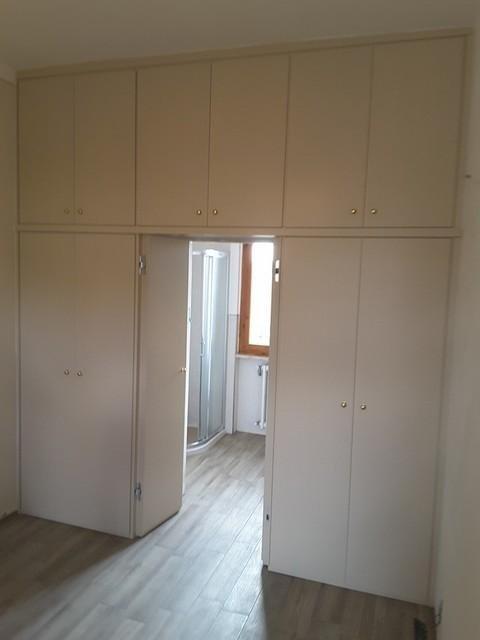 armadio cabina legno