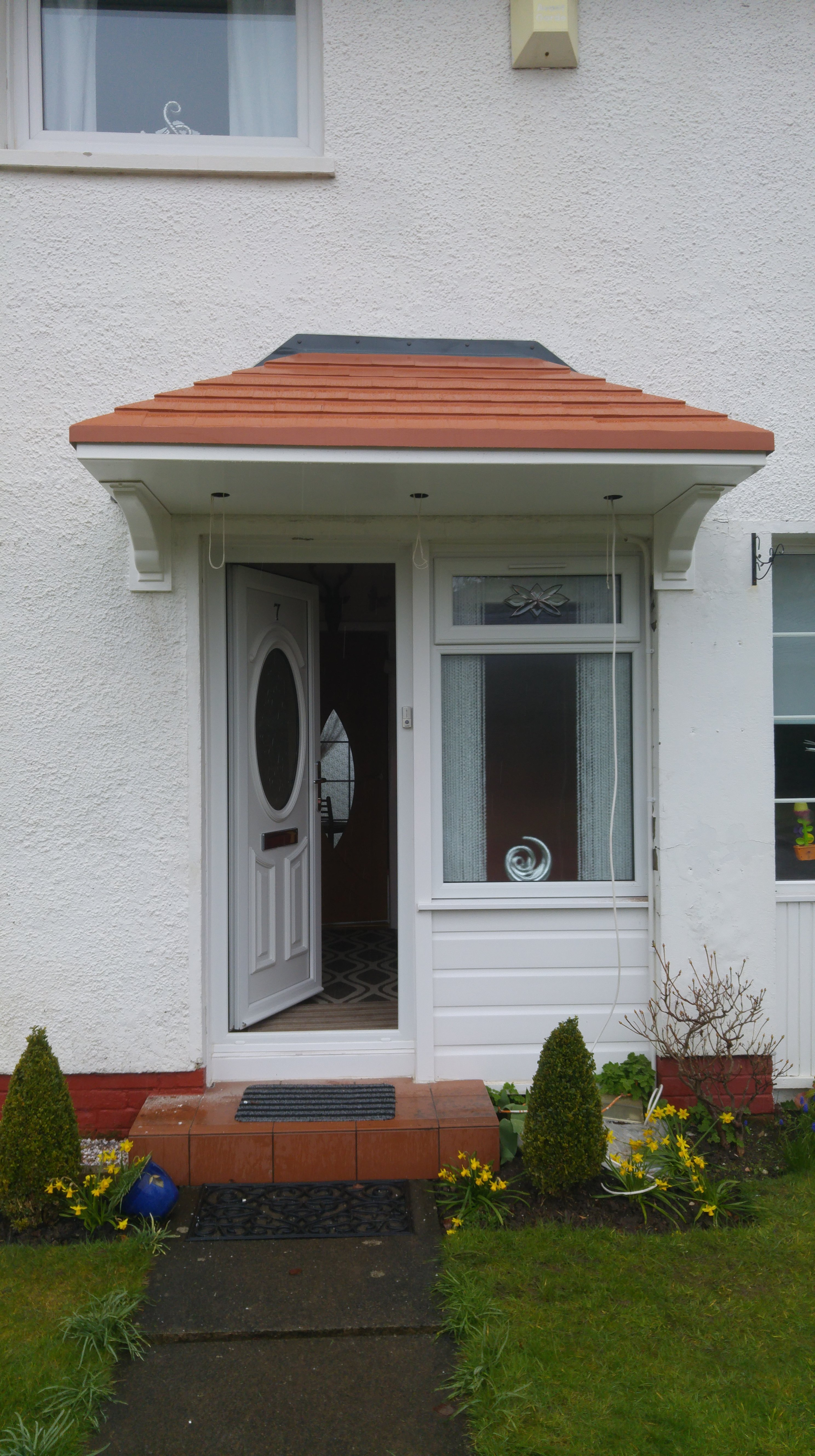 White canopy for door