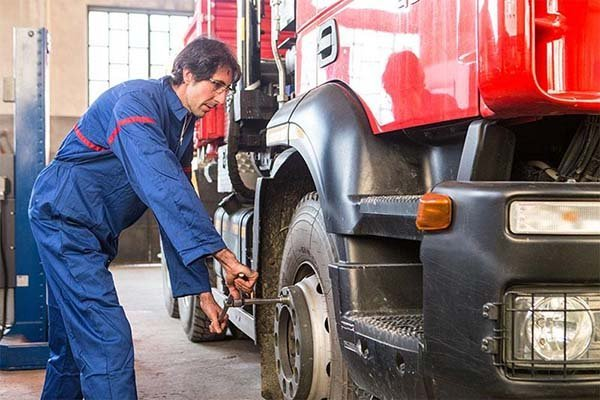 sostituzione gomme camion