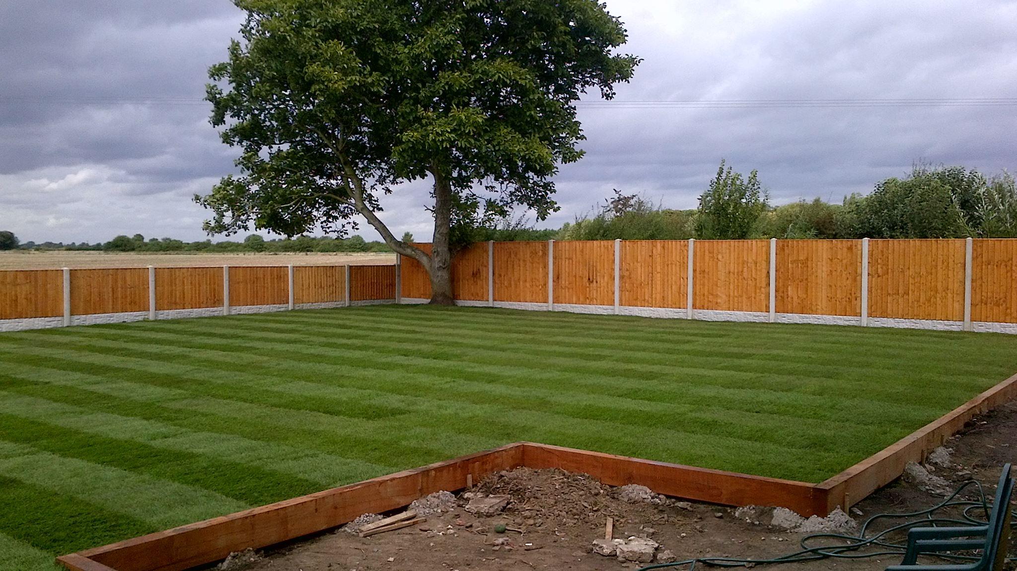 Professional garden maintenance in scunthorpe for Professional garden maintenance