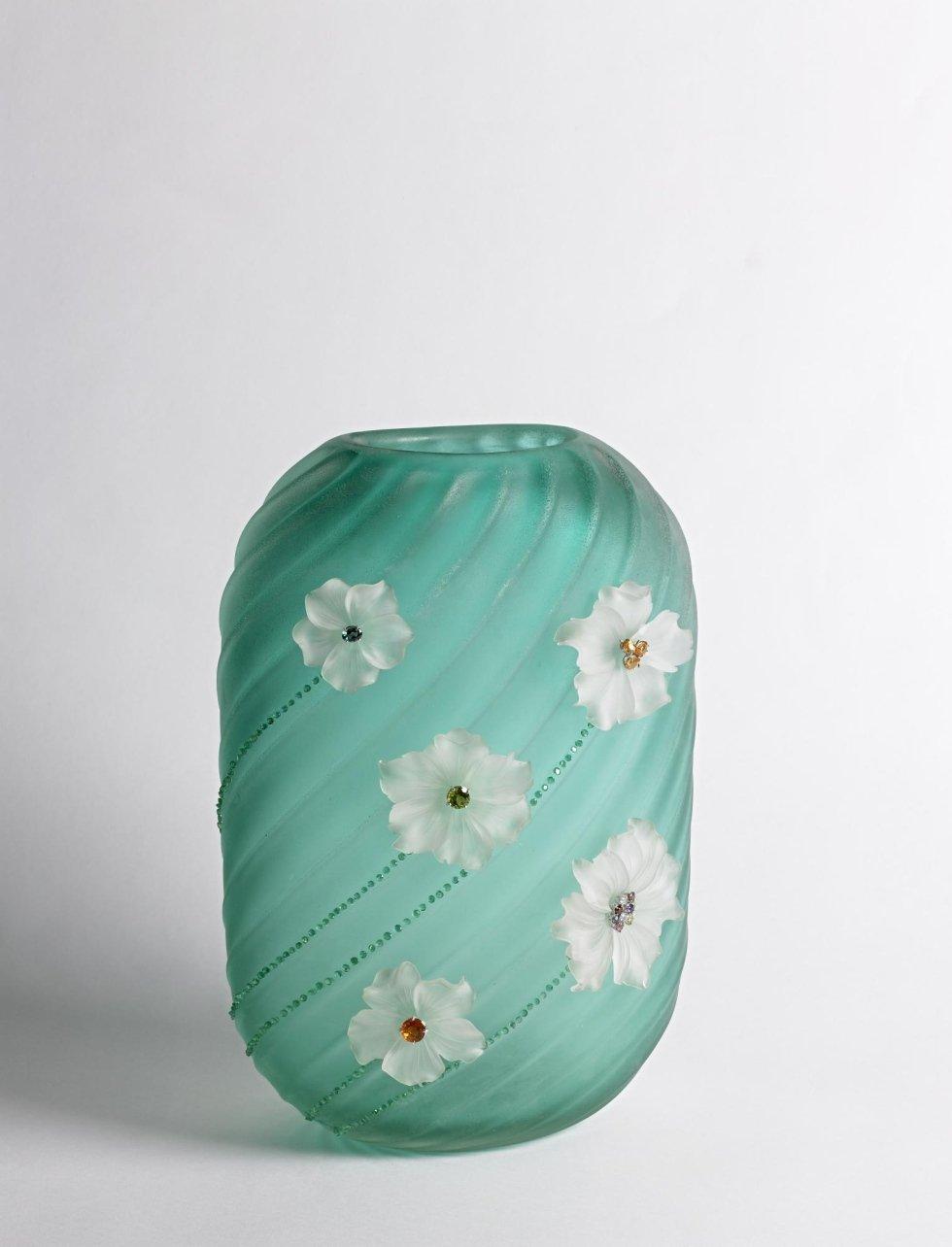 sale of Murano vases