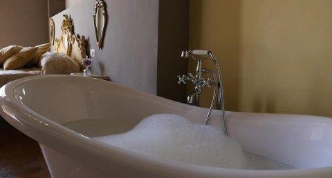 ofertas hoteles cinco estrellas Suite Salerno