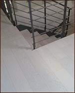pavimento in legno su scale