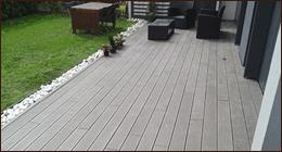 pavimento in legno per cortile