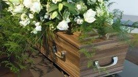 bare in legno, necrologi, cassa mortuaria