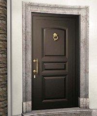 porta da esterno nera