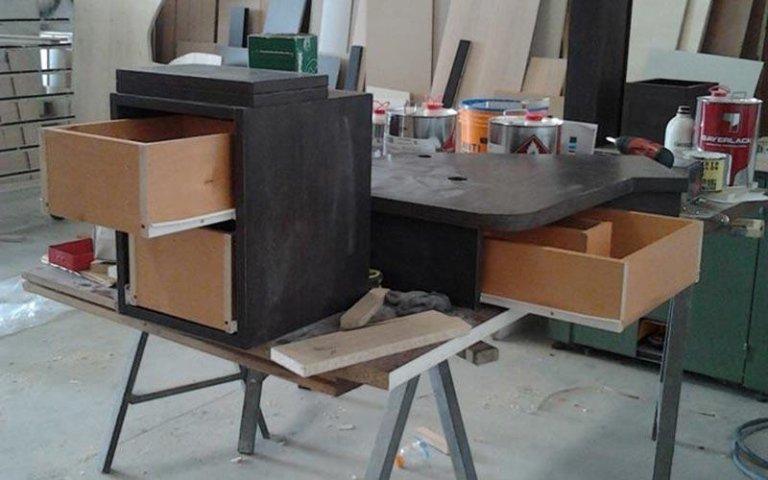 Serramenti in legno melegnano f m soluzioni per interni for Esposizione mobili milano