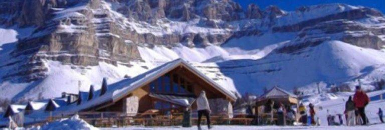 Snowboard nelle Dolomitti di Brenta