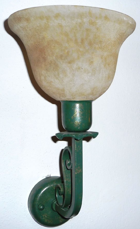 lampada in ferro battuto color verde