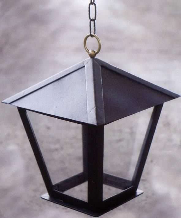 lanterna triangolare con si appende