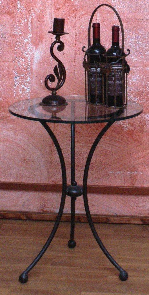 tavolino rotondo con gambe in ferro battuto nere
