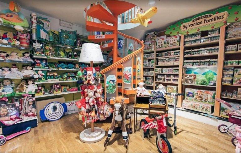 Negozio storico di giocattoli a Perugia