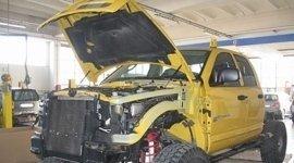 riparazione freni, soccorso stradale, assistenza per pratiche assicurative