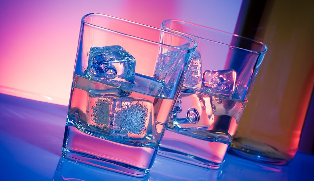 Enjoy the drinks in the club