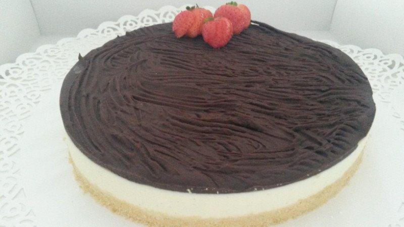 una cheese cake al cioccolato
