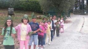bambini in fila