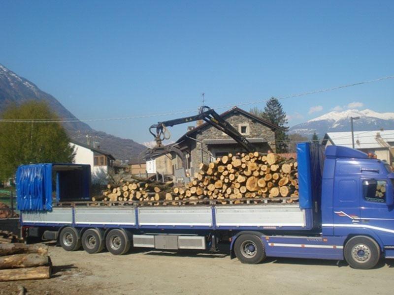 vendita legna da ardere aosta efisio legnami
