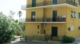 affitto di appartamenti, assistenza per stipula contratti notarili, trilocale